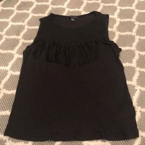 BLACK TANK TOP W FRINGES